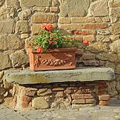 Bilder kopf hahn in tuscan terracotta gartendekoration florence k16342468 suche for Terracotta gartendekoration