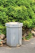 Pictures of empty trash can k1417088 - Search Stock Photos, Images, Print Photographs, and Photo Clip Art - k1417088.jpg