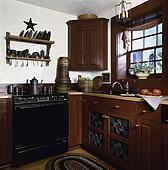 stock bild kueche mit gegenoberteil sinken kabinette herd insel bereiche kr uter auf. Black Bedroom Furniture Sets. Home Design Ideas