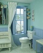 bild t rkis tongue groove t felung in pastell blau badezimmer u12564147 suche. Black Bedroom Furniture Sets. Home Design Ideas